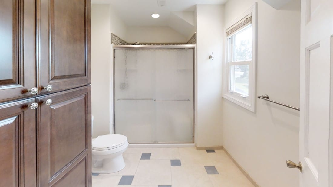 5908-Six-School-Rd-Bathroom 2