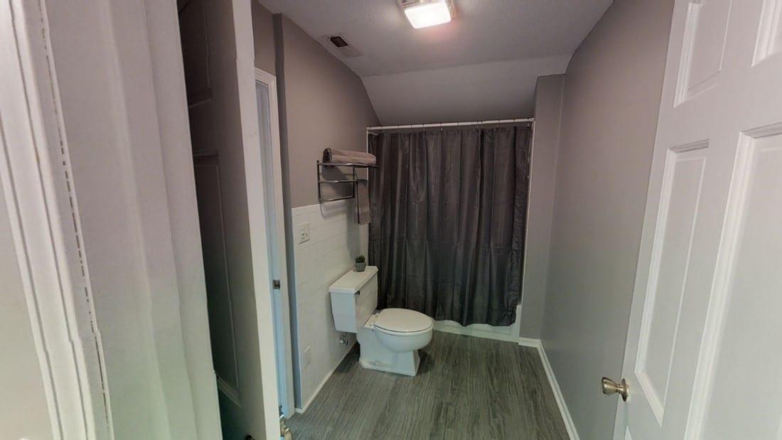 5908-Six-School-bathroom 1 2020