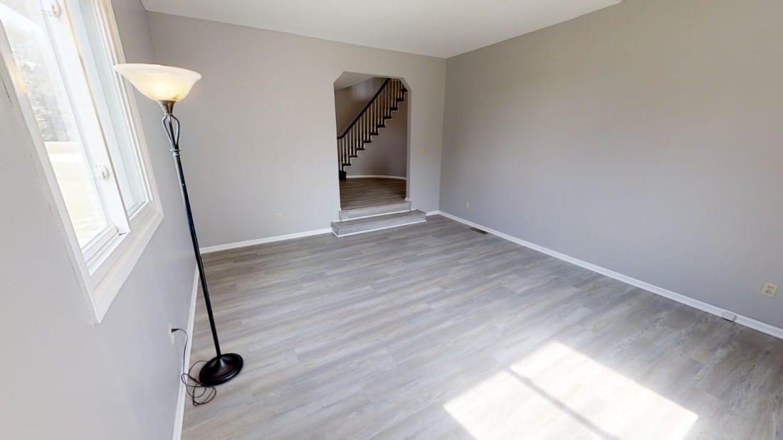 5908-Six-School-living room