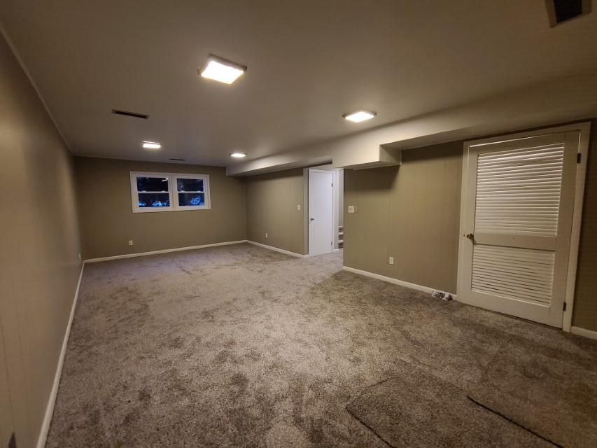 2201 E Taylor Ave family room
