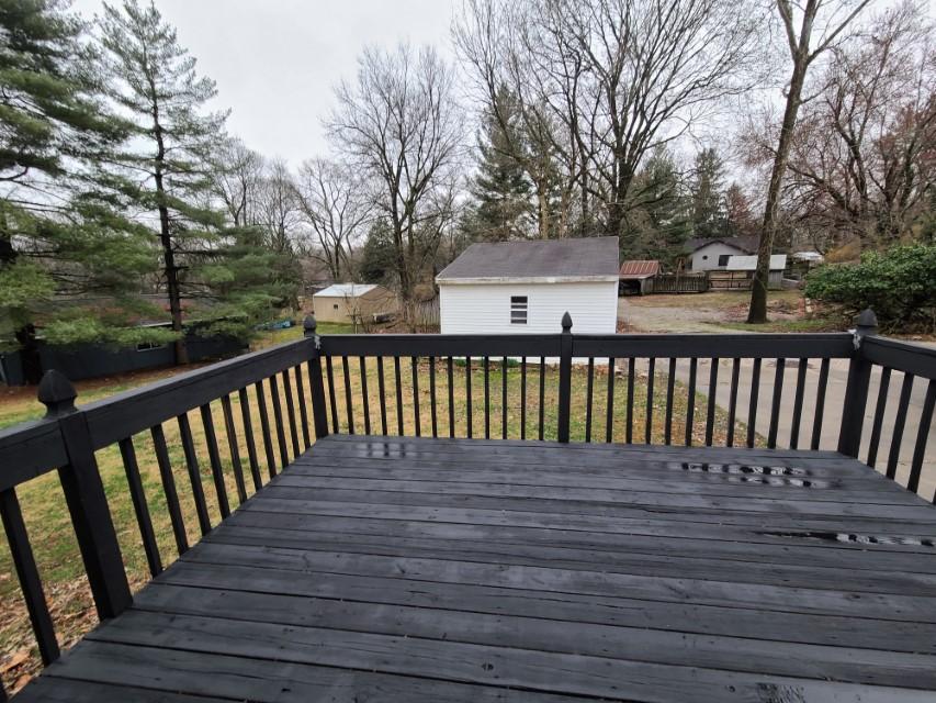 2201 E Taylor - open deck