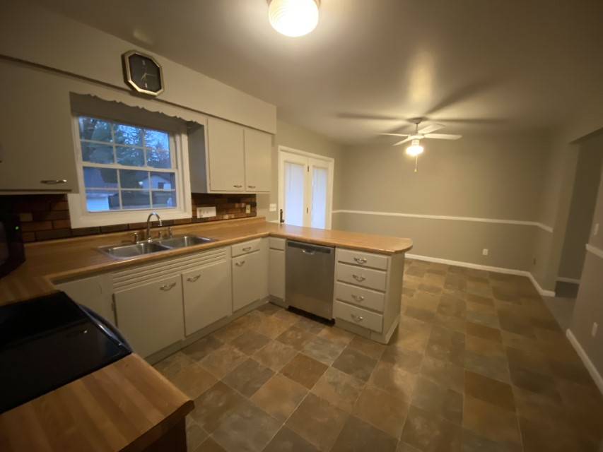 2201 East Taylor Avenue - kitchen