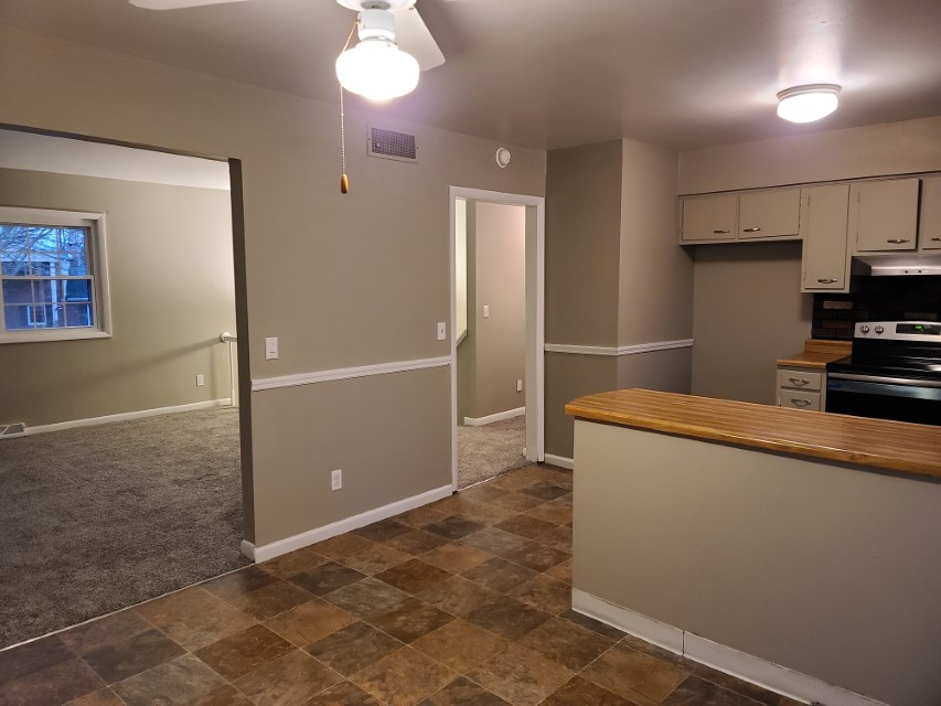 2201 East Taylor kitchen
