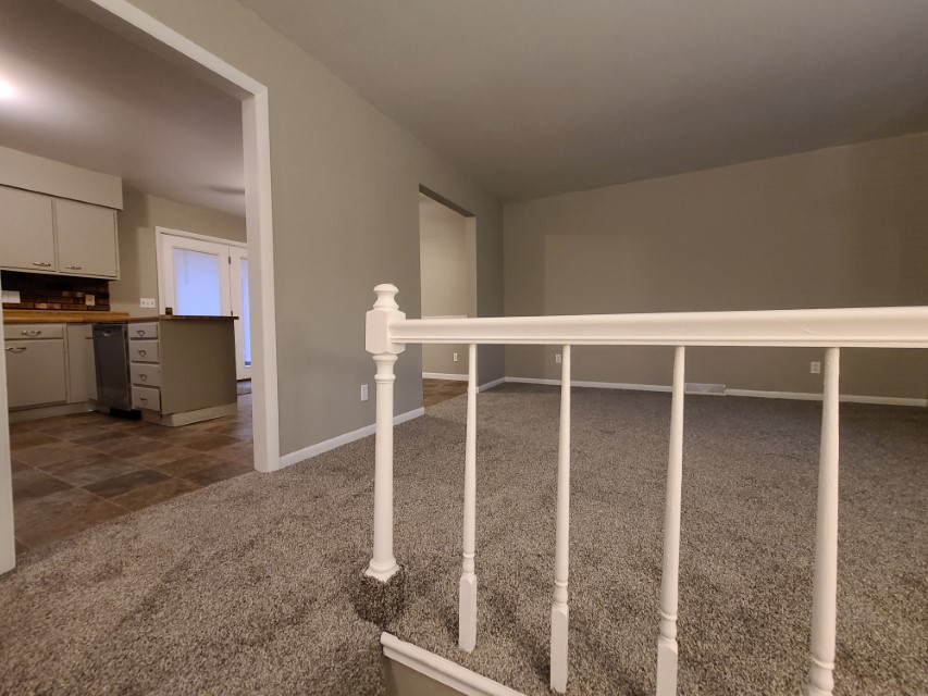 2201 East Taylor - living room kitchen
