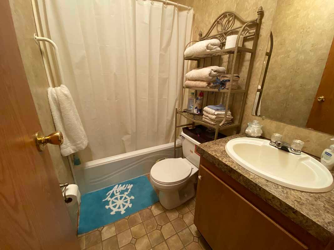 3409 Frisse Ave - bathroom 2