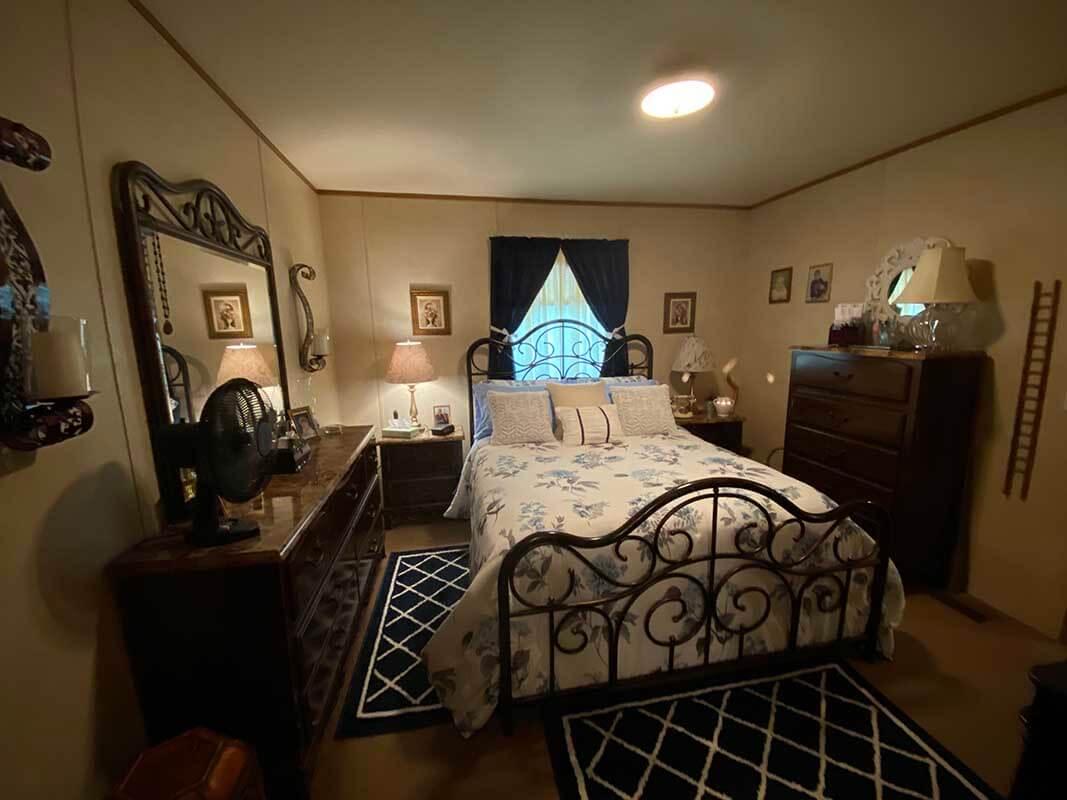 3409 Frisse Ave bedroom 1