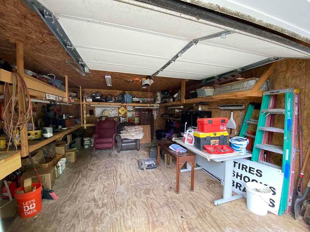 3409 Frisse Ave - detached garage