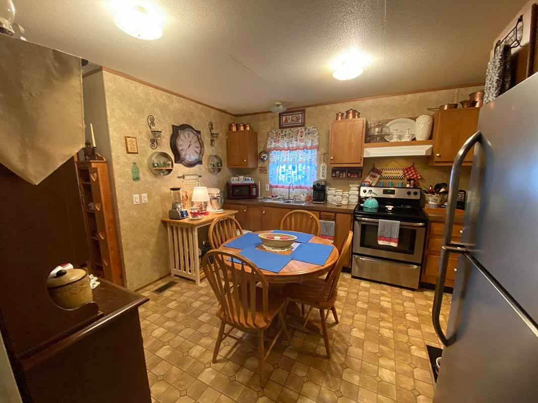 3409 Frisse Ave - kitchen