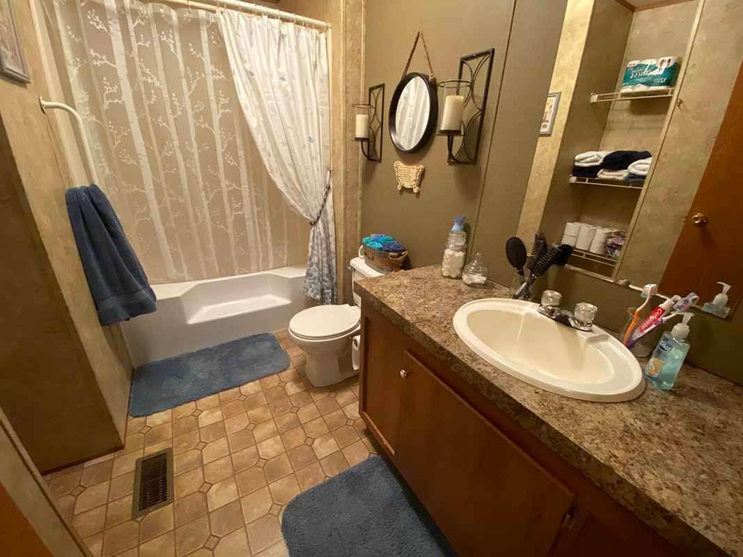 3409 Frisse Avenue bathroom 1