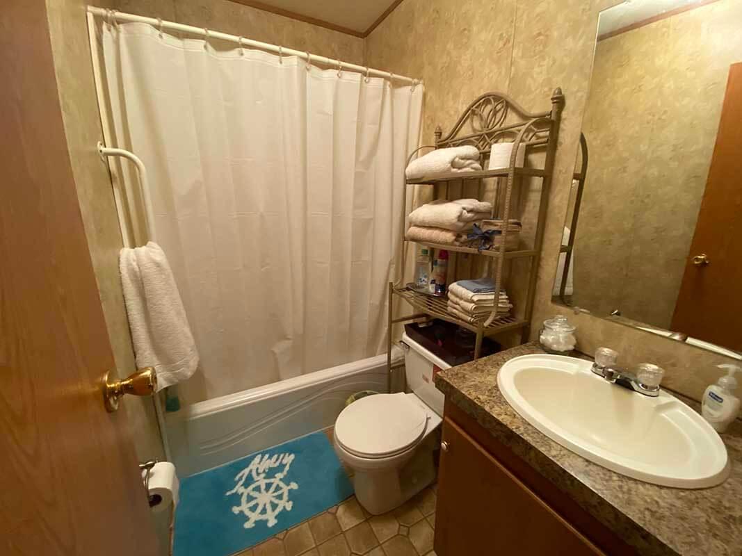 3409 Frisse Avenue bathroom 2