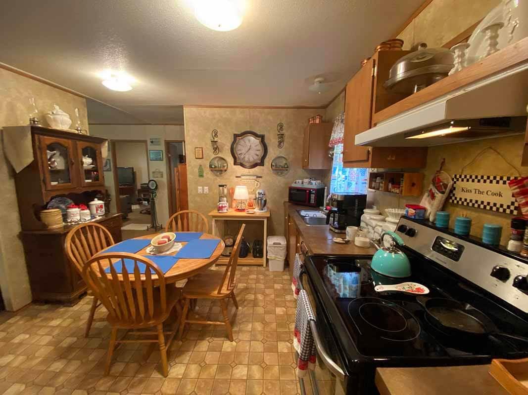 3409 Frisse Avenue - kitchen