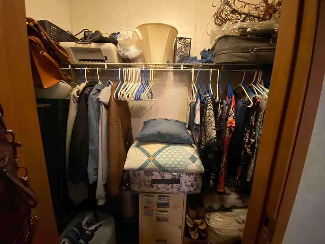3409 Frisse Avenue - walk-in closet